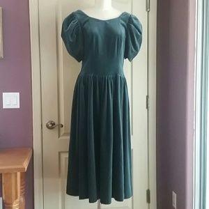 Vintage 80's Laura Ashley green velvet dress